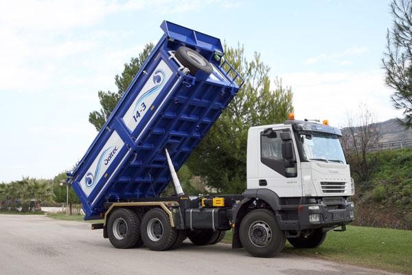 Cassone per camion ribaltabile montaggio allestimento