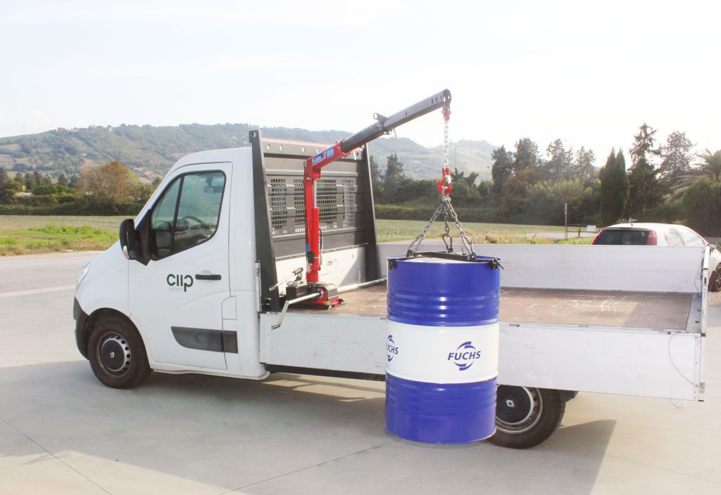 Mini gru maxilift su furgone