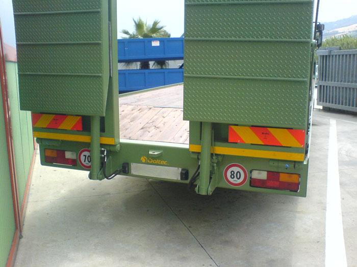 Pedane caricatrice camion
