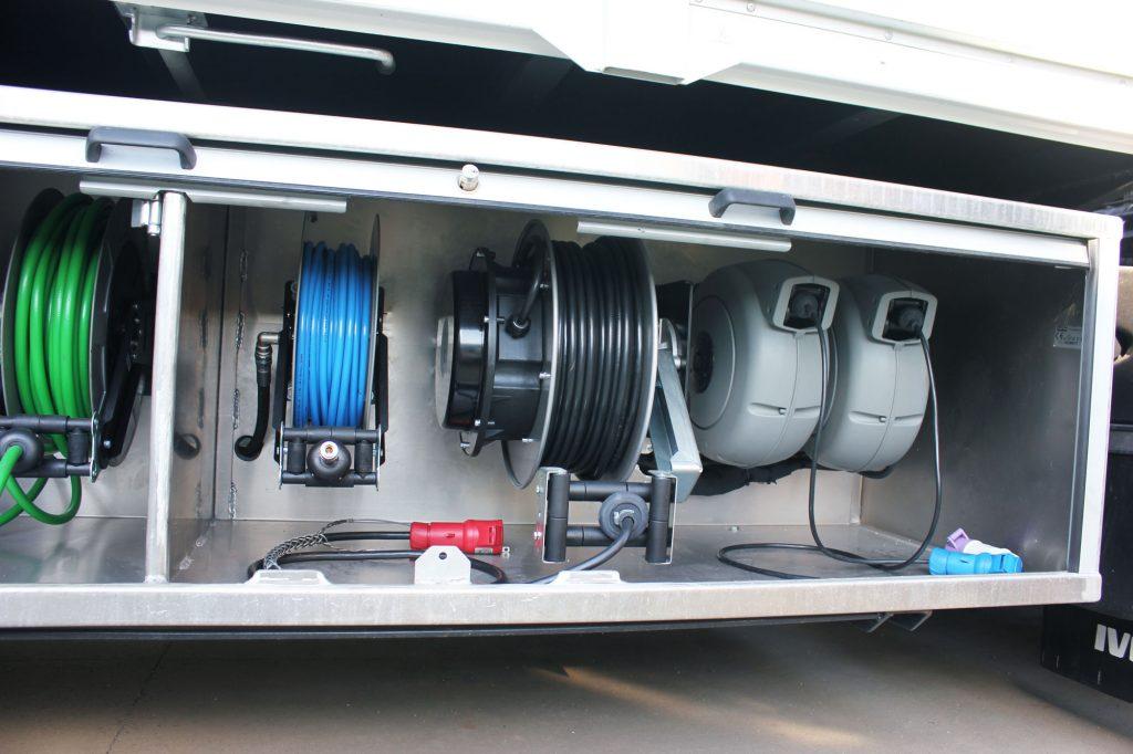 veicolo usato per smaltire i rifiuti bonifica sebatoi carburanti ADR