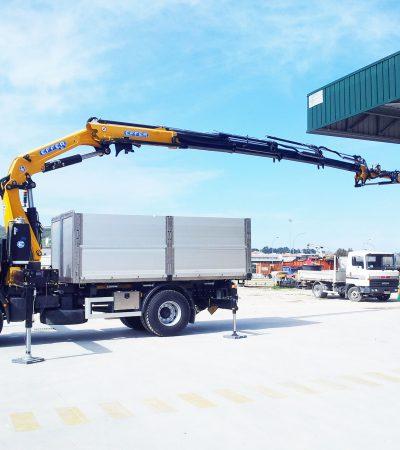 Crane-effer-big-truck